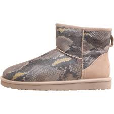 ugg womens lyla boots charcoal ugg charcoal womens lyla boots botas tipo ugg para lluvia