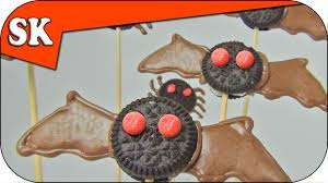 Bat Cookies For Halloween by Oreo Bat Cookies Halloween Trick Or Treat Treat Youtube