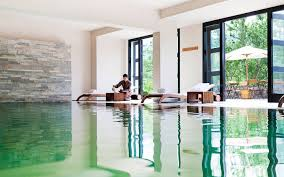 luxury bhutan hotel como uma paro bhutan official site como uma paro