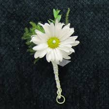 boutonniere prices finishing a boutonniere easy flower tutorials