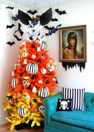 how to decorate a halloween tree diy