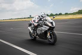 Bmw S1000rr Review 2013 2016 Bmw S1000rr First Ride Review Automobile Magazine