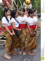 New Years Eve Traditions Beautiful Balinese Women New Years Eve Nyepi Bali Indonesia