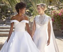 Seeking 1 Bã Lã M Samira Wiley And Morelli To Palm Springs To Get