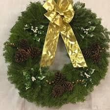 30 wreaths maine made