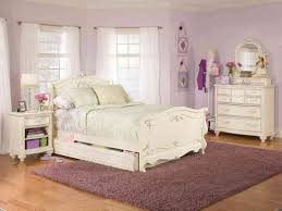 White And Oak Bedroom Furniture Gratifying Ideas Aligned White Oak Bedroom Furniture Tags Intended