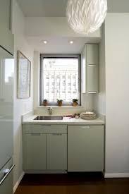 kleine küche einrichten tipps kleine küche einrichten schmaler raum offene regale küchen