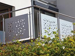 balkon lochblech geländer rahmen lochblech v2a stützen v2a dieda