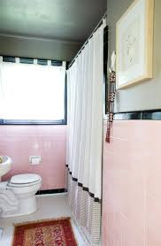 Vintage Bathroom Tile Ideas 36 Best Pink Bathrooms Images On Pinterest Pink Bathrooms Dog