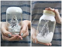 wedding projects for winter brides snow globe decor 1