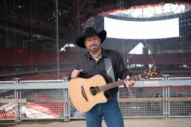 leave a light on garth brooks garth brooks at mercedes benz stadium parking tickets food and