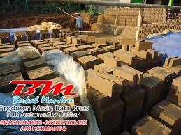hasil produksi bata merah pres berkualitas mesin bata otomatis