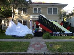 halloween yard theme sinking of the titanic halloween