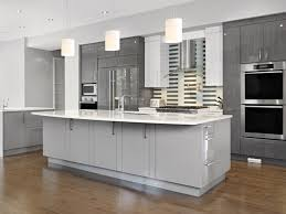 install kitchen cabinet crown moulding kitchen cabinets