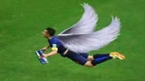 Van Persie Meme - robin van persie the flying dutchman i believe i can fly youtube