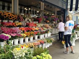 flower shops the advantage of online flower shops findingtheflowershops