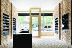 chicago u0027s first aesop store uses 10 000 reclaimed chicago bricks