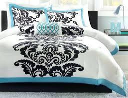 eiffel tower crib quilt paris themed quilts paris themed bedding
