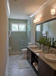 Bathroom Interior Design Ideas by Best 25 Small Narrow Bathroom Ideas On Pinterest Narrow