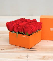 where can i buy a gift box gift box buy roses