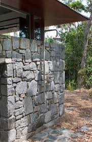 Simple Outdoor Showers - 10 inspirational outdoor shower with exposed stone wall