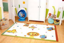 tapis chambre bébé ophrey com tapis chambre bebe allergie prélèvement d