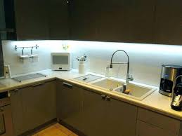 eclairage plan de travail cuisine eclairage plan de travail cuisine cuisine plan travail cuisine led