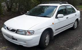 nissan sunny white nissan sunny 2 0 2000 auto images and specification