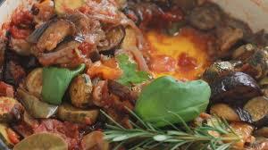cuisiner une ratatouille ratatouille niçoise classique recette authentique recette par