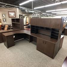 Used L Shaped Desk Used L Shaped Desk With Hutch Walnut Del1500 006 Office