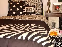 startling bedroom zebra bedding wallpaper ideas zebra room decor
