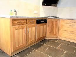 plan de travail cuisine chene massif cuisine chene massif vernis naturel bois clair plan de travail et