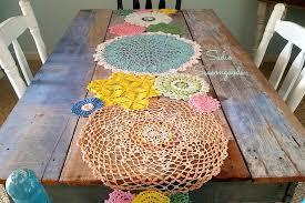 37 cool easter table runner ideas table decorating ideas