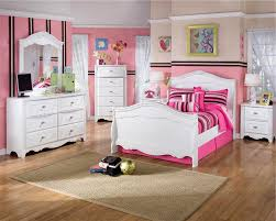 Bedroom Decorating Ideas With Sleigh Bed Girly Twin Bedroom Set Idea With Pretty White Sleigh Bed And Two