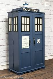how to turn a cabinet into a dr who tardis u2022 grillo designs