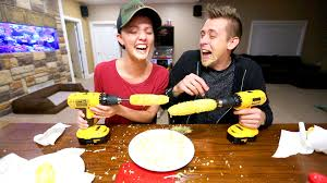 Romanatwoodvlogs Water Challenge Corn On A Drill Challenge