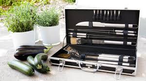 menagere cuisine ménagère touche d élégance sur votre table westwing
