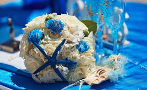 wedding bouquets with seashells wedding bouquet white roses daisies blue seashells starfish