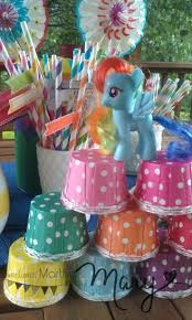 horseshoe party favors party favors i the idea of calling it a rainbow dash birthday