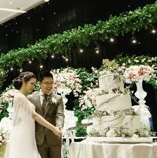 wedding cake tangerang rustic wedding of risfan winny by cake bridestory