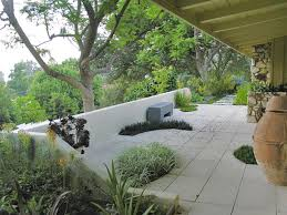 Patio Designs With Concrete Pavers Designer S Notes A Mid Century Modern Home Is Updated With A