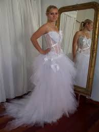 robe de mari e original robe de mariee sur mesure pour bustier dentelle et ruban d
