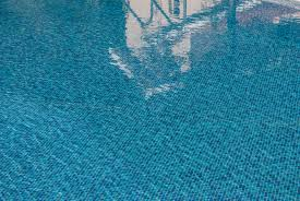 choosing the right type of swimming pool filter