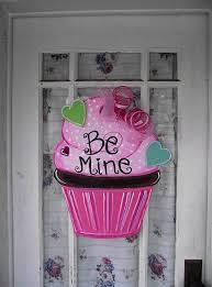 Valentine Front Door Decoration Ideas by 494 Best Door Hangers Wreaths Images On Pinterest Burlap Crafts