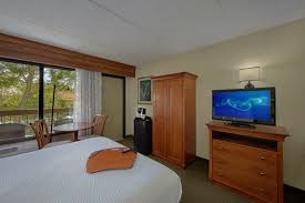 book your pigeon forge hotel room inn on the river
