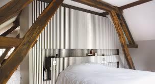 chambre parentale sous comble une suite parentale sous les combles entre design et tradition