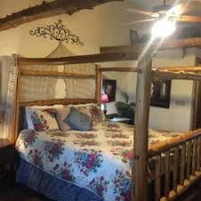 small crystal bedroom ls crystal cove bed breakfast log cabin suites 10 reviews bed