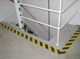 Abrasive Stair Nosing by Anti Slip Non Skid Safe Way Traction Tape