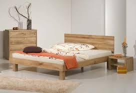 chambre en chene massif lit vente de lit rond en bois moderne contemporain design