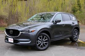 mazda suv models 2017 mazda cx 5 vs 2017 honda cr v comparison test autoguide com